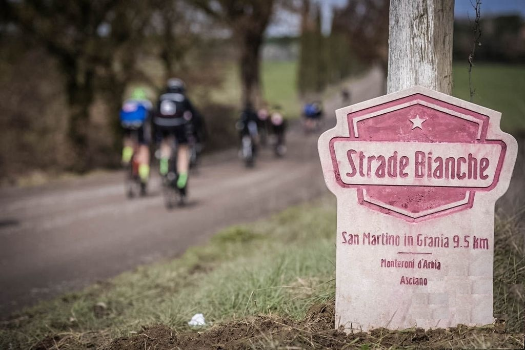 Stories about Sterrato I WNT-Rotor Cycling Team